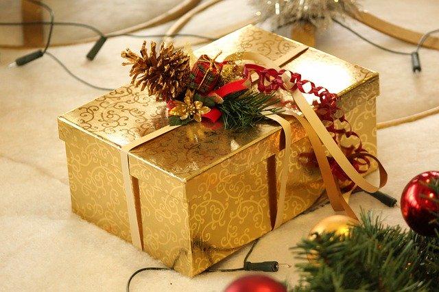 profesionálně zabalený dárek