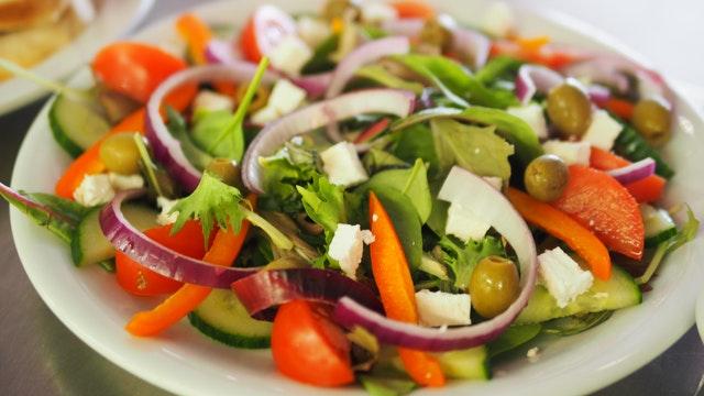 Sezónní salát